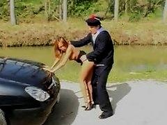 Bamboo rencontre un marin auto-stoppeur et baise avec lui
