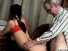 Dyke Porn Tubes