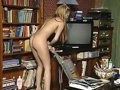 Nina 5 housework