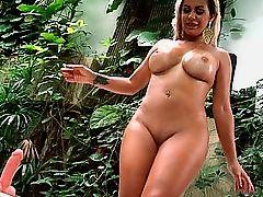 Horny Brazilian plumper