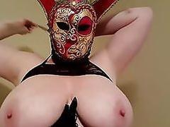 Lateshay 38HH tits Mardi Gra strip