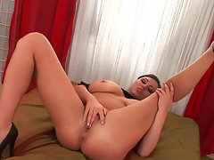 Fat white chick Marille seduces a girl and has a passionate lesbian sex